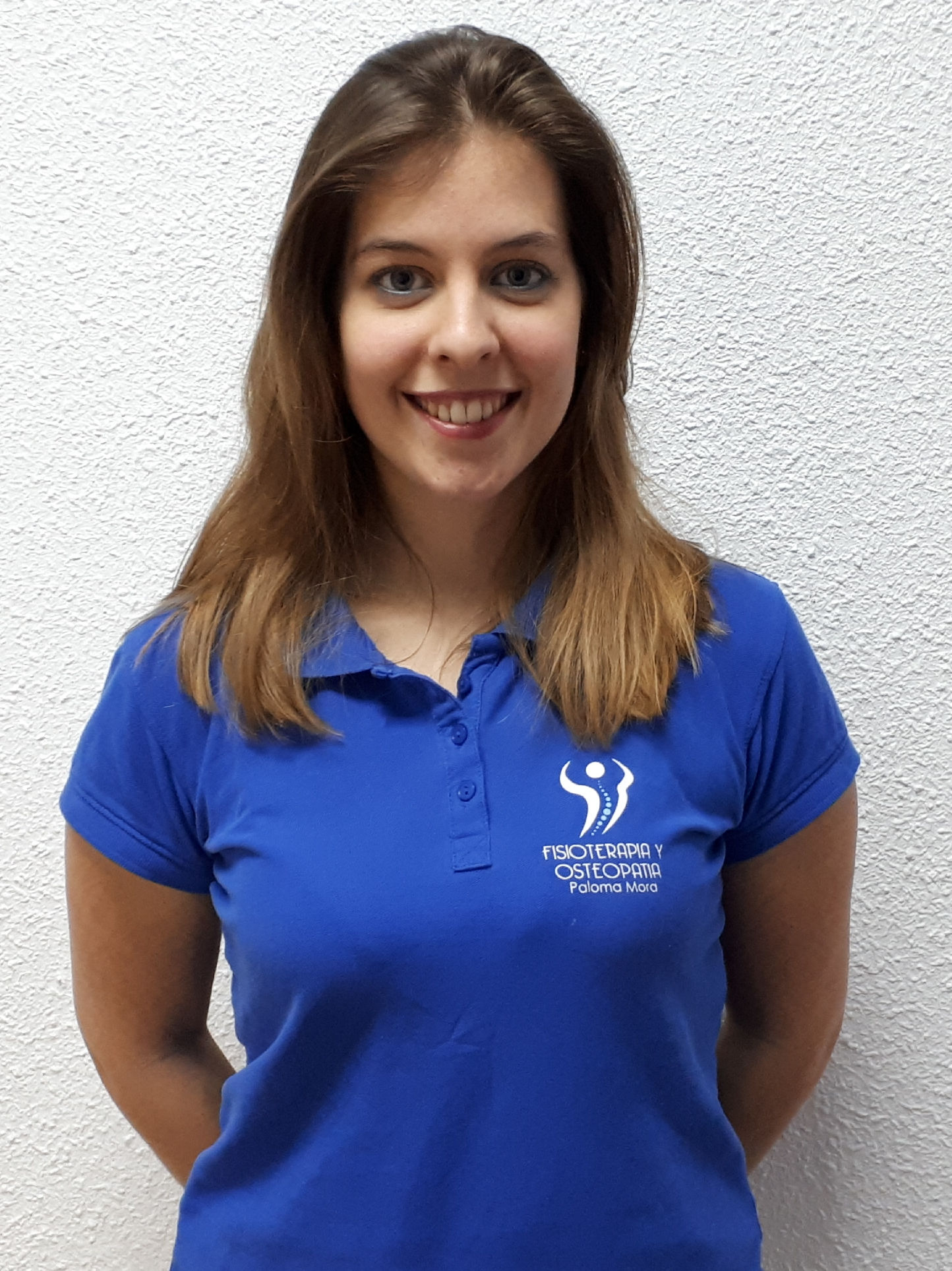 MONIKA CARRASCO MACANÁS, Fisioterapeuta titulada